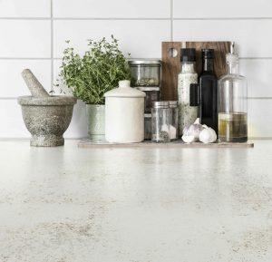 מאיזה חומר מומלץ להכין משטחי עבודה במטבחים